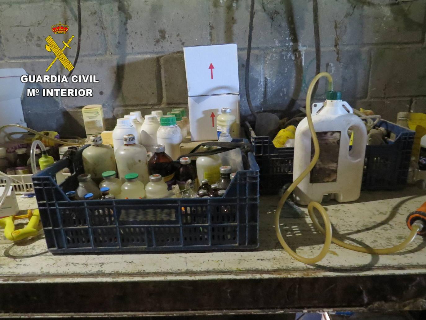 La Guardia Civil destapa una trama de administración irregular de medicamentos animales