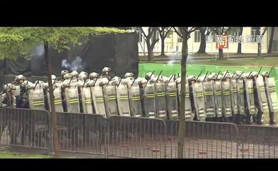 El Ejército chino utilizará tanques contra las manifestaciones en Hong Kong