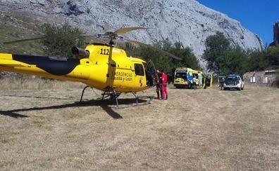 Rescatado un escalador en Vegacervera que cayó desde una altura de dos metros tras quedar inconsciente
