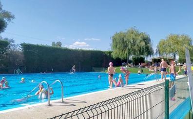 leonoticias.tv | 'Chapuzón' en las piscinas de La Virgen del Camino