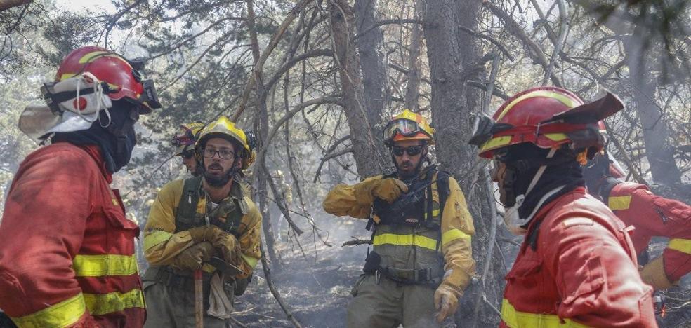 El Batallón leonés de la UME despliega a 46 efectivos en el incendio de La Granja en Segovia