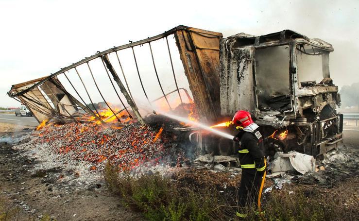 Fuego en la carretera