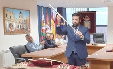El alcalde de Villadangos justifica su sueldo en la «alta dedicación que exige el municipio»