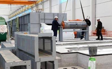 La producción industrial en Castilla y León baja en junio un 0,9%, por debajo del descenso del 1,8% en España
