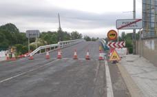 Abre el paso sobre el río Porma en Puente Villarente tras nueve meses de obras y cortes