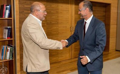 Igea y Puente se enzarzan en Twitter a cuenta del apartamento de las Cortes de Luis Fuentes