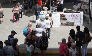 León desembarca en la Feria de Muestras de Gijón abanderado por sus sabores y su música