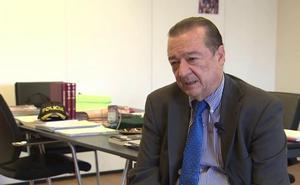 Bartolomé Vargas, fiscal de Seguridad Vial: «El móvil es un mortal enemigo en la conducción»