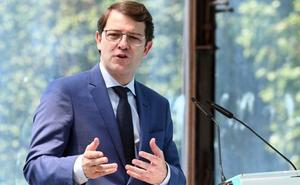 Mañueco exige al Gobierno «una prueba justa e igual» para el acceso a la universidad
