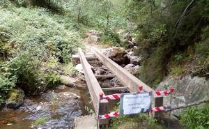 Roban la pasarela de acceso a la Cascada de Nocedo por tercera vez en los últimos cinco años