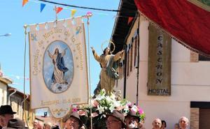 Nuestra Señora brilla con devoción