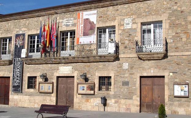 Pedro Halffter estrena mañana dos obras en el Ciclo de Música de Villafranca del Bierzo