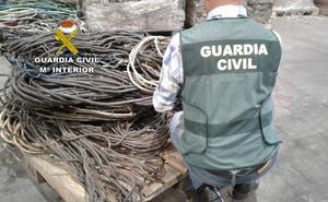 La Guardia Civil detiene a cinco personas por sustracción de cable de cobre y material agrícola en diferentes localidades de la provincia