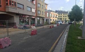 El retraso en la tramitación de un permiso paraliza de forma temporal la obra de la Avenida de América