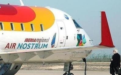 'Más vuelos, más futuro para León' reclama al nuevo Consorcio una compañía de bajo coste para el Aeropuerto de León