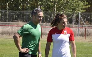 María Casado acerca el rugby 7 a su Coyanza natal