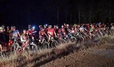 La 'Quedada Nocturna BTT Villabalter-Venta de la Cruz-Villabalter' reúne a 150 personas