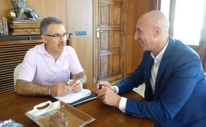 Pastrana espera lograr el pacto con el PSOE en una segunda reunión «para evitar a León esta incertidumbre»