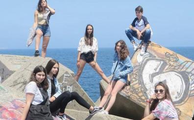 El grupo de pop-rock infantil 'Las Eléctricas', en el Museo de la Siderurgia