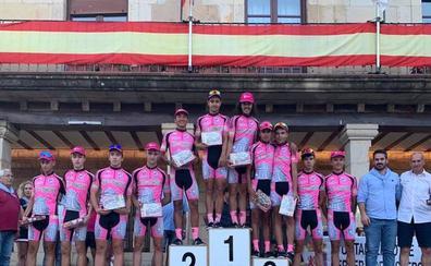 El ciclista del Arte en Transfer-LPS Thomas Silva, subcampeón en el Gran Premio Villa de Cervera