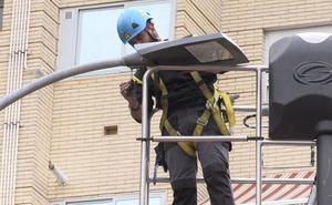 León cerrará agosto con 6.500 nuevas luminarias, un tercio de las 20.000 que se pretenden instalar