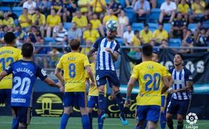 Triple debut de bercianos en la Ponferradina en Segunda ante el Cádiz