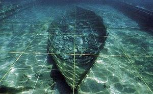 Los arqueólogos se preparan para el rescate urgente del barco fenicio de Mazarrón