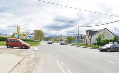 Las obras de la glorieta de Fuentesnuevas obligan a cortar el tráfico en un tramo de la carretera de los Muelles
