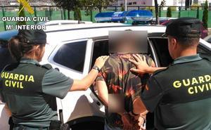 La Guardia Civil detiene a una persona por 16 robos con fuerza en varias viviendas en Fabero