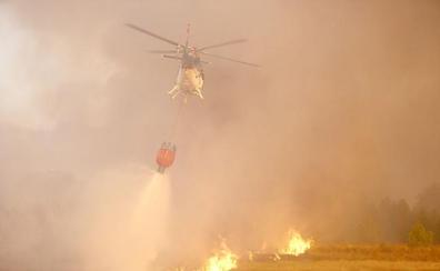 Un incendio intencionado y que ya ha convertido en ceniza 30 hectáreas