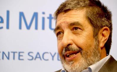Manuel Mitadiel, gerente de Sacyl: «El Hospital de León aún tiene que definir qué quiere ser de mayor»