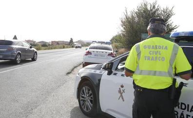Interceptan en Ávila al conductor de un autobús que triplicaba la tasa de alcohol cuando iba a recoger a 60 jóvenes