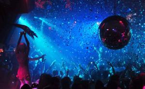 Un total de 73 detenidos y 13 heridos tras desmantelarse una fiesta ilegal en Ibiza