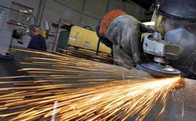 Los precios industriales caen en un 1,2% en julio en Castilla y León, cuatro décimas más que la media nacional