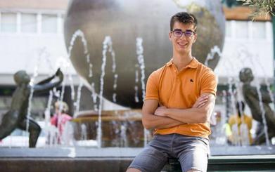 Un joven de 17 años envía a Pedro Sánchez su propuesta para mantener las pensiones