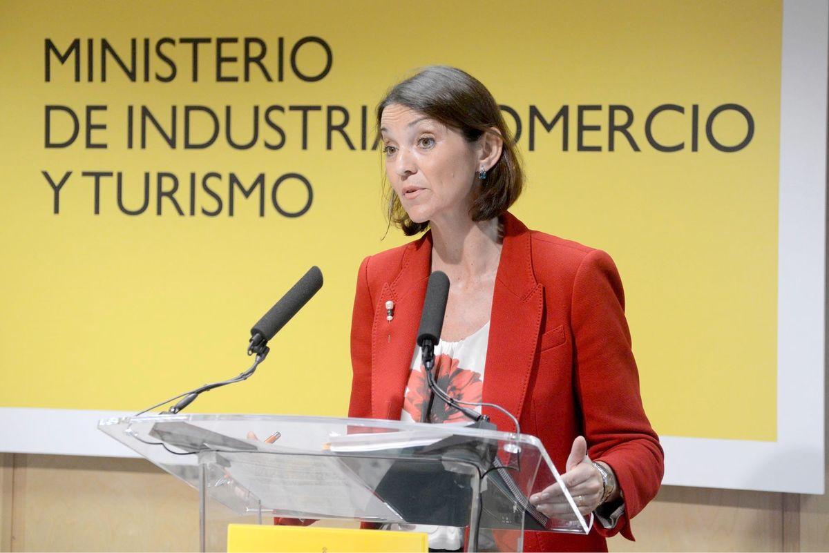 La ministra de Turismo asegura que los pliegos de los viajes del Imserso cumplen la legalidad y espera vender «muy pronto» los viajes