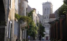 Un zulo atribuido a ETA en Yonne tenía 120 detonadores y cientos de proyectiles
