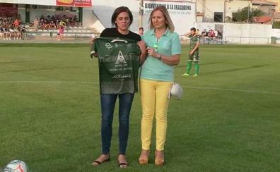 Sagrario: «Es un orgullo tener el campo más antiguo de Castilla y León y con esta salud»