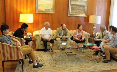 La universidad china de Hunan y la de León estudian posibilidades de colaboración