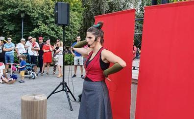 El Parque Quevedo acogió un cuentacuentos este jueves dentro del programa 'Verano Cultural'