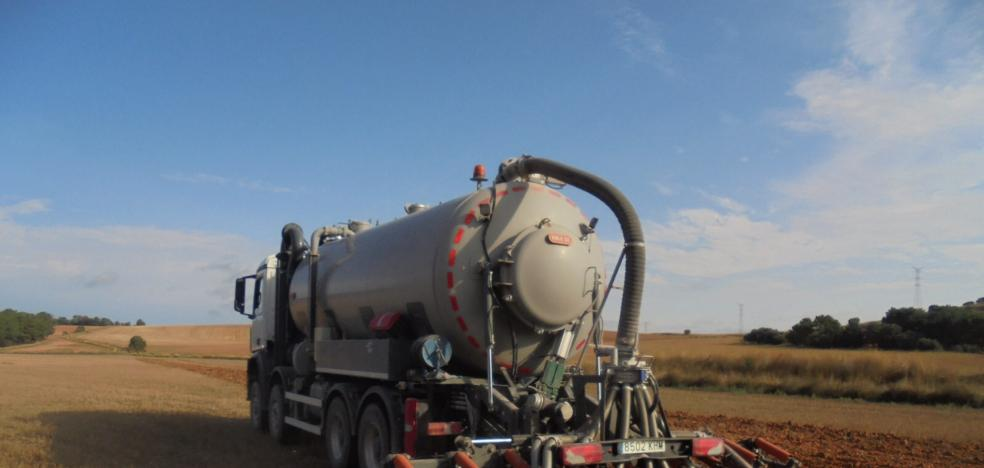 Las granjas generan purines para abonar el 20% de la superficie cultivable de la comunidad