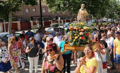 La ausencia de los peñistas reduce las fiestas de Nueva Segovia a la procesión y la paella popular