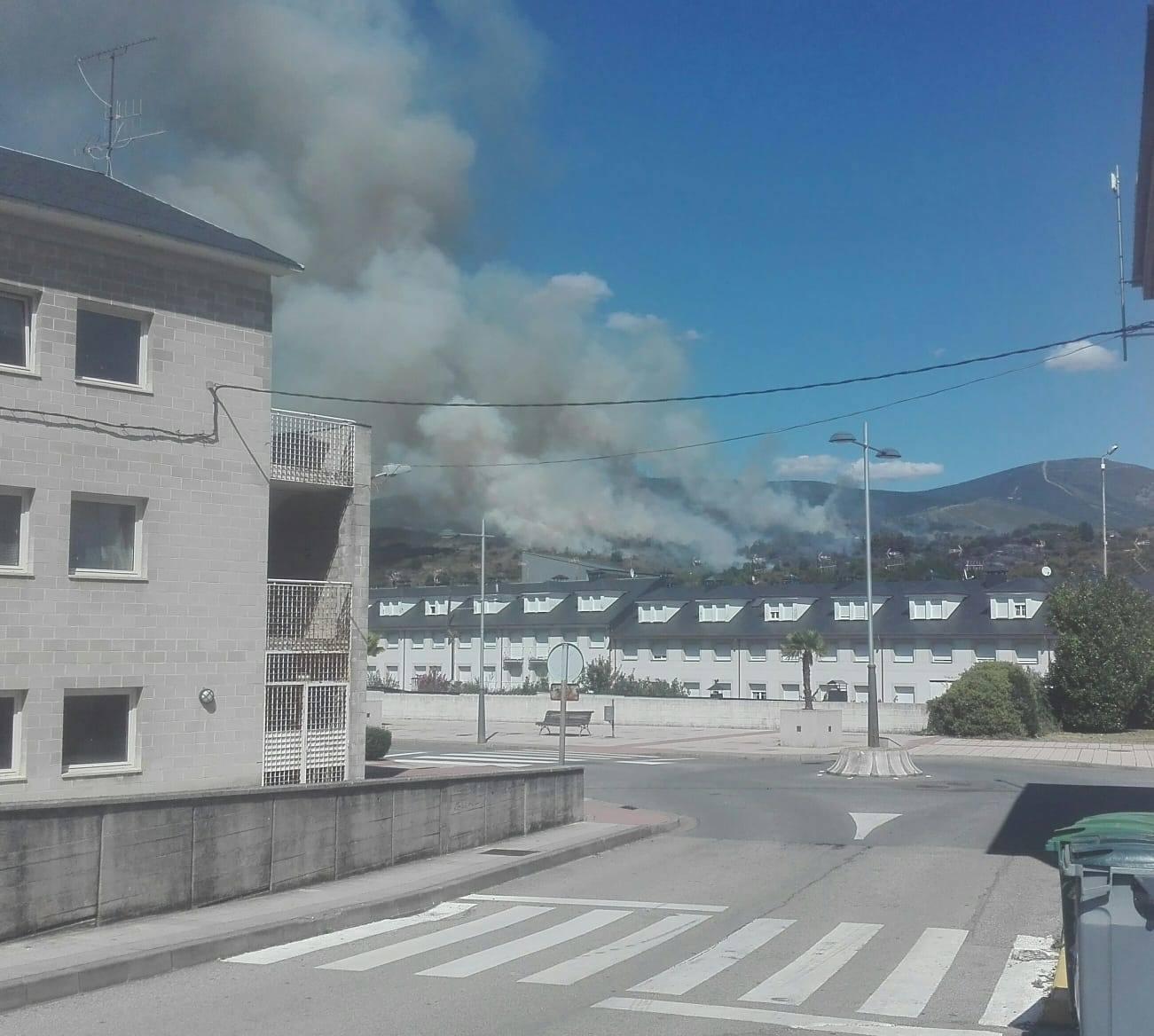 Incendio en los montes de Toreno