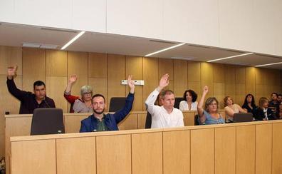 El pleno de Villaquilambre rechaza municipalizar los servicios de limpieza y recogida de basura