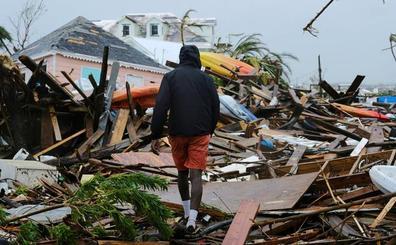 El huracán 'Dorian' se debilita a categoría 1 frente a la costa de EE UU