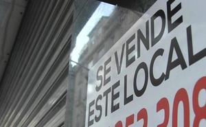 El auge de las grandes superficies y la venta online empujan al cierre a 581 tiendas tradicionales en León en sólo cuatro años