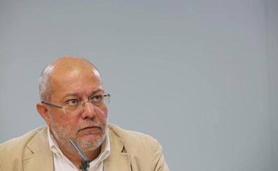 Igea asume ahora que Cs hizo «lo correcto» al pactar con el PP y que él «posiblemente estaba equivocado»