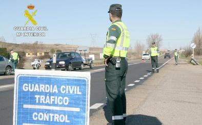 Investigan al conductor de un camión en León que superaba ocho veces la tasa de alcoholemia permitida