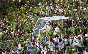 El Papa invita a dar la bienvenida y acoger a los inmigrantes