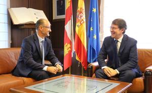 Mañueco y Fuentes coinciden en reclamar al Gobierno la elaboración de los nuevos presupuestos